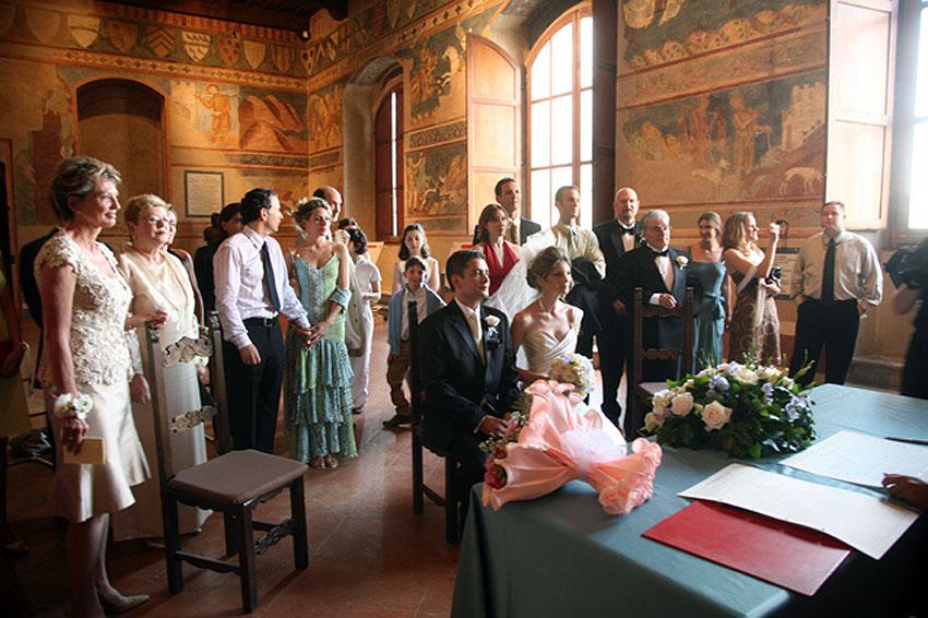 Formal Civil Wedding Package In Italy
